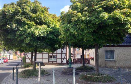 Urdenbach, Böke Pomp