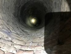 Blick in den Brunnen